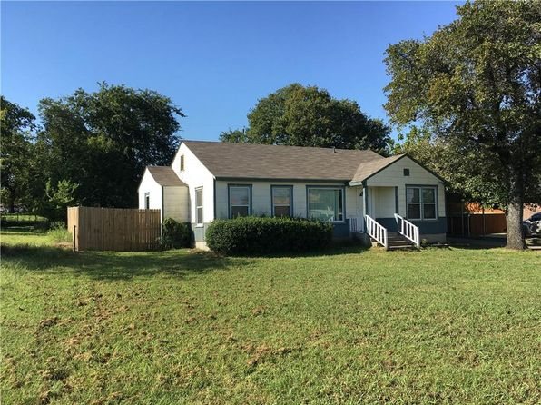 3 bed 2 bath Single Family at 109 Walnut Creek Dr Azle, TX, 76020 is for sale at 109k - 1 of 13