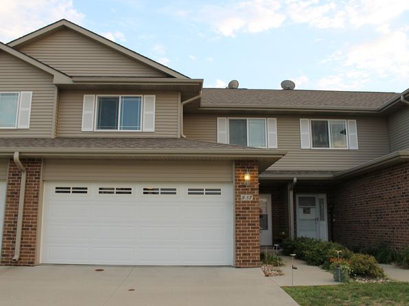 3 bed 3 bath Single Family at 937 SE 10th Ln Grimes, IA, 50111 is for sale at 155k - 1 of 12
