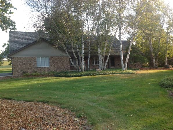 4 bed 3 bath Single Family at W290N7074 Leanne Ct Hartland, WI, 53029 is for sale at 495k - 1 of 25