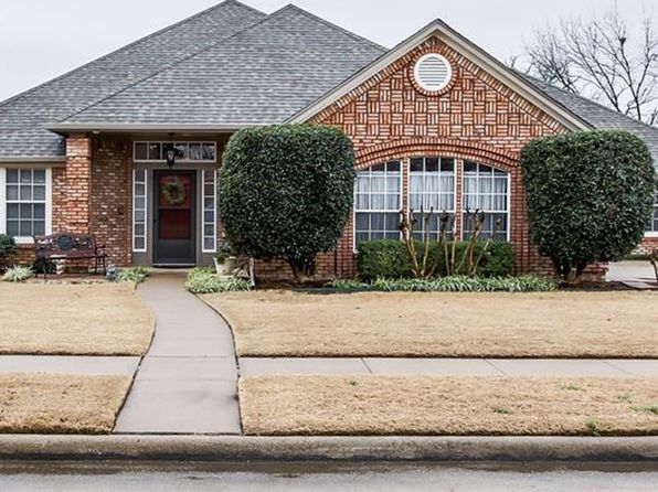4 bed 3 bath Single Family at 1805 KINGS DR FLOWER MOUND, TX, 75028 is for sale at 350k - 1 of 36