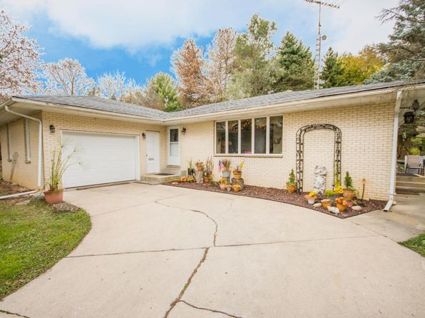 3 bed 2 bath Single Family at W3812 Beaver Dr Lake Geneva, WI, 53147 is for sale at 150k - 1 of 7