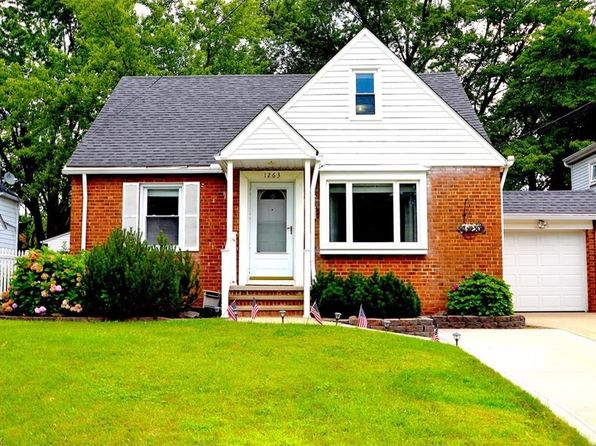 3 bed 2 bath Single Family at 1263 Irene Rd Cleveland, OH, 44124 is for sale at 125k - 1 of 26