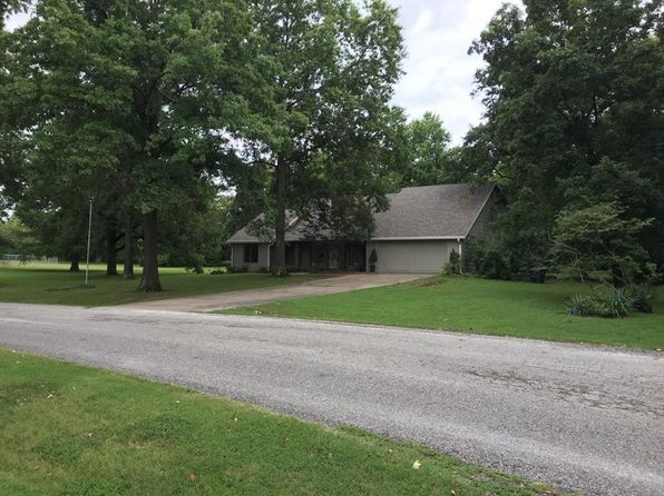 3 bed 3 bath Single Family at 15184 E Peace Rd Nevada, MO, 64772 is for sale at 168k - 1 of 42