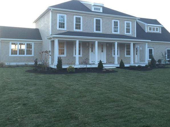 4 bed 3 bath Single Family at 22 Fountain Knoll Ln Kingston, MA, 02364 is for sale at 640k - 1 of 24