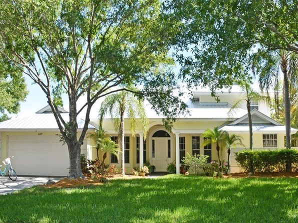4 bed 3 bath Single Family at 1089 SW Lighthouse Dr Palm City, FL, 34990 is for sale at 525k - 1 of 28