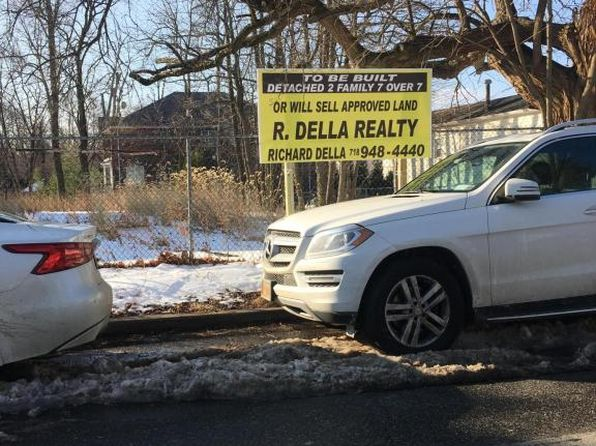 null bed null bath Vacant Land at 328 SEGUINE AVE STATEN ISLAND, NY, 10309 is for sale at 650k - 1 of 4