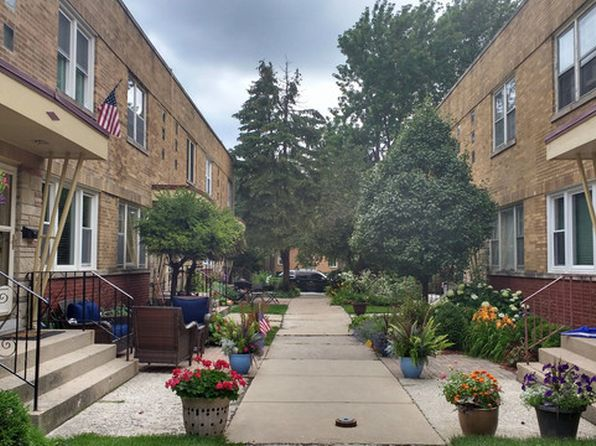 2 bed 2 bath Townhouse at 1427 N Harlem Ave Oak Park, IL, 60302 is for sale at 192k - 1 of 3