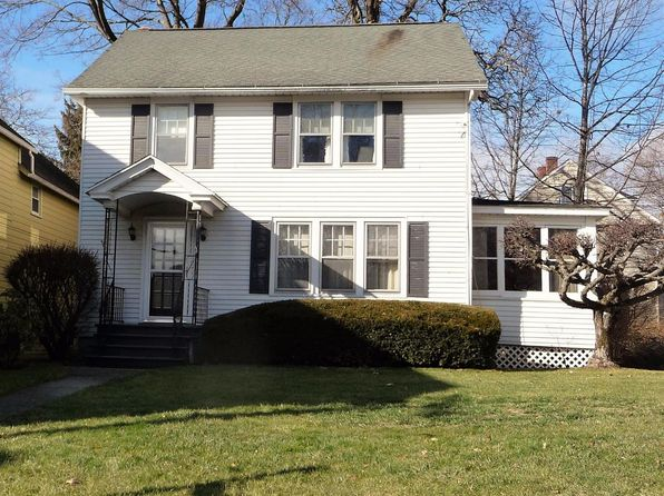 3 bed 2 bath Single Family at 19 DUTCHESS AVE MILLERTON, NY, 12546 is for sale at 249k - 1 of 29