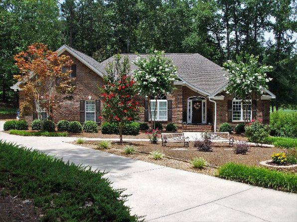 3 bed 3 bath Single Family at 143 Chelsea Ct Aiken, SC, 29803 is for sale at 330k - 1 of 36