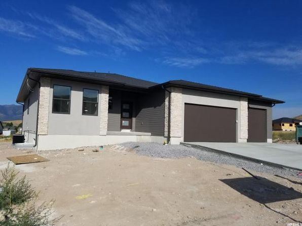 3 bed 2 bath Single Family at 9853 N Elkhorn E Rd Eagle Mountain, UT, 84005 is for sale at 400k - google static map