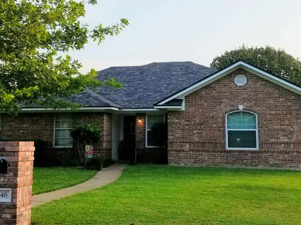 3 bed 2 bath Single Family at 646 Christina Dr Robinson, TX, 76706 is for sale at 180k - 1 of 8