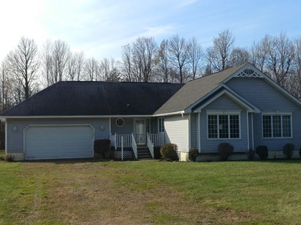 3 bed 2 bath Single Family at 445 Fay Rd North Bangor, NY, 12966 is for sale at 115k - 1 of 6
