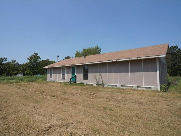 3 bed 2 bath Mobile / Manufactured at 2494 TROUT DR WILLS POINT, TX, 75169 is for sale at 40k - 1 of 16
