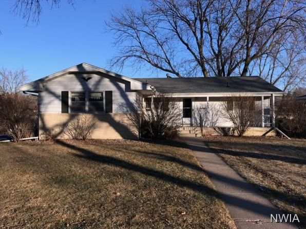 3 bed 2 bath Single Family at 2600 S MAGNOLIA ST SIOUX CITY, IA, 51106 is for sale at 138k - 1 of 10