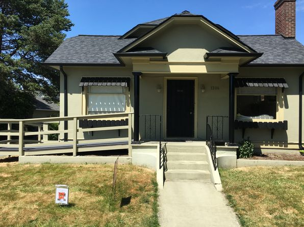 3 bed 1 bath Single Family at 1206 Washington St Bellingham, WA, 98225 is for sale at 409k - 1 of 14