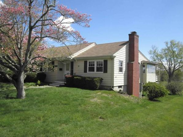 3 bed 4 bath Single Family at 21 Haigh Ave Niantic, CT, 06357 is for sale at 390k - 1 of 3