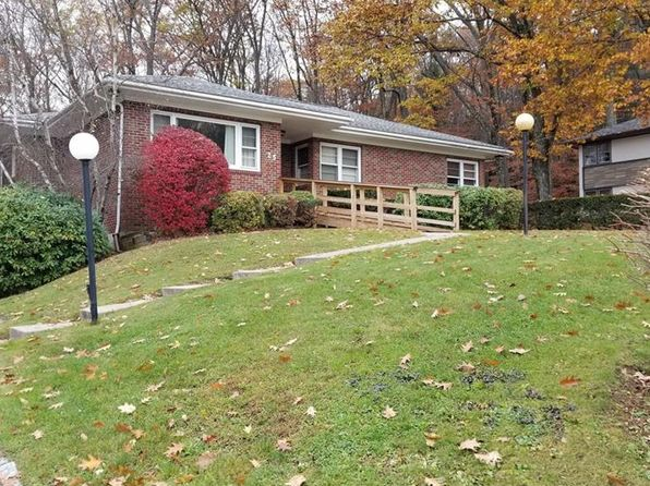 4 bed 2.5 bath Single Family at 25 Oak Dr South Fallsburg, NY, 12779 is for sale at 210k - 1 of 21