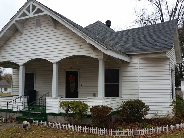 2 bed 1 bath Single Family at 108 Elm St Oran, MO, 63771 is for sale at 83k - 1 of 19