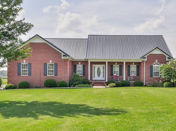 3 bed 4 bath Single Family at 4272 Trousdale Ln Columbia, TN, 38401 is for sale at 370k - 1 of 28