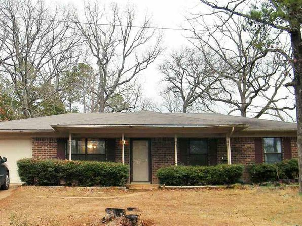 3 bed 2 bath Single Family at 10549 ROLLING PINES DR TYLER, TX, 75707 is for sale at 110k - 1 of 34