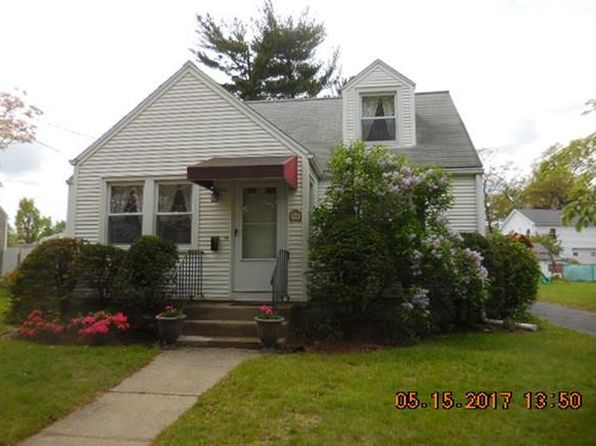 3 bed 1 bath Single Family at 93 City View Ave West Springfield, MA, 01089 is for sale at 180k - 1 of 17