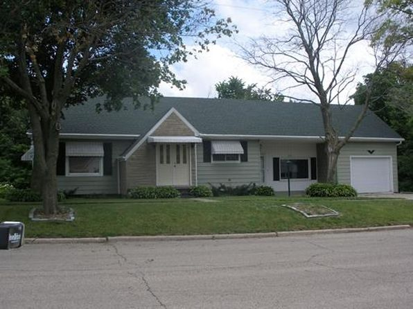 2 bed 1 bath Single Family at 310 E 4th St Spring Valley, IL, 61362 is for sale at 100k - 1 of 10