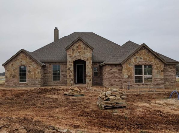 4 bed 3 bath Single Family at 2256 Greenwood Cut Off Rd Weatherford, TX, 76088 is for sale at 370k - 1 of 6