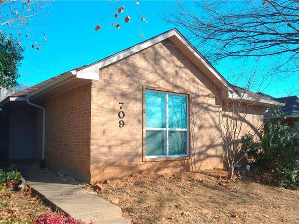 2 bed 2 bath Single Family at 709 Red Oak Dr Lewisville, TX, 75067 is for sale at 180k - 1 of 20