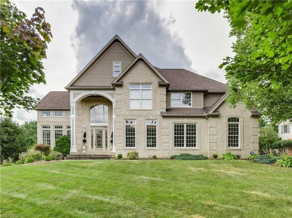 4 bed 5 bath Single Family at 5805 Old Bridge Ave NW Massillon, OH, 44646 is for sale at 490k - 1 of 35