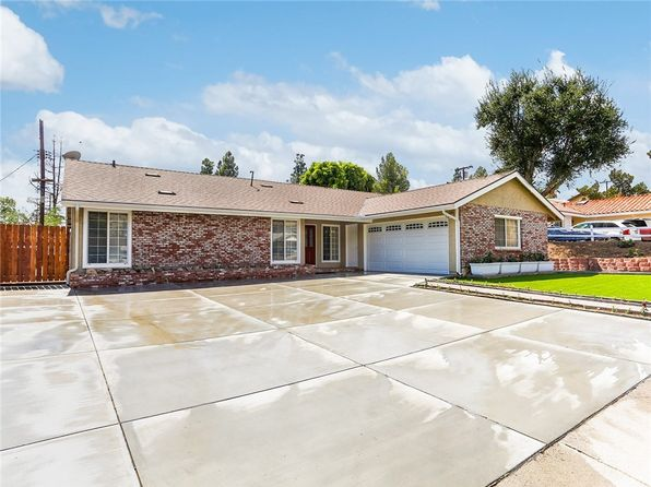 4 bed 2 bath Single Family at 13719 Gavina Ave Sylmar, CA, 91342 is for sale at 545k - 1 of 25