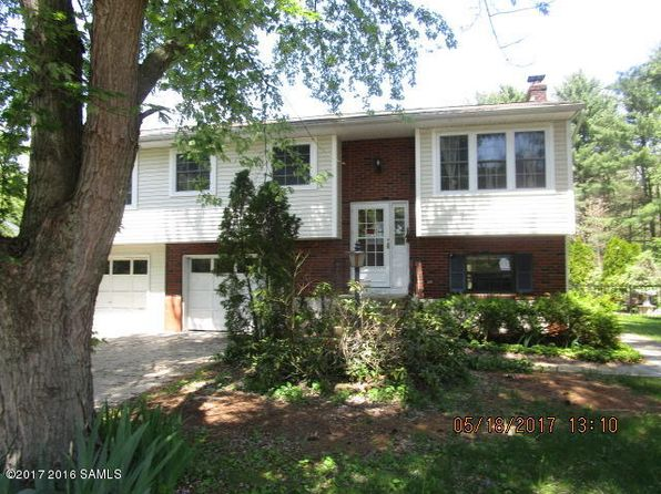 2 bed 2 bath Single Family at 37 Cook Cir Gansevoort, NY, 12831 is for sale at 125k - 1 of 8