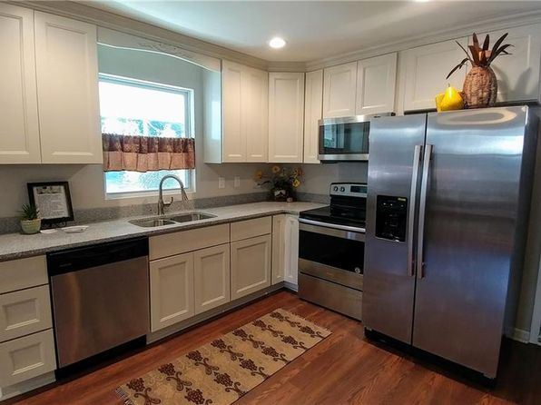 3 bed 2 bath Single Family at 632 Milford Ave Hampton, VA, 23661 is for sale at 119k - 1 of 26