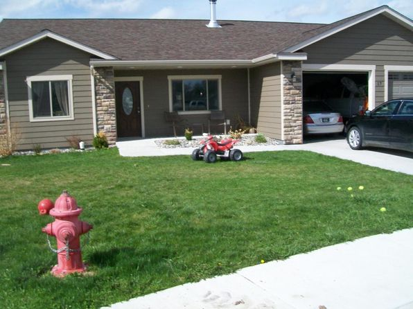 3 bed 2 bath Single Family at 17 Aspen Ct Ranchester, WY, 82839 is for sale at 228k - 1 of 9