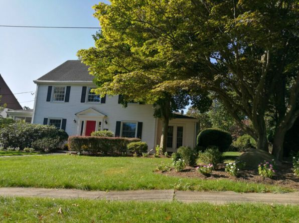 5 bed 5 bath Single Family at 841 Cedar Ter Westfield, NJ, 07090 is for sale at 1.30m - 1 of 9