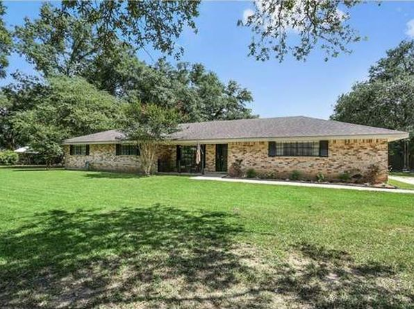 3 bed 3 bath Single Family at 19 Alice St Madisonville, LA, 70447 is for sale at 250k - 1 of 8
