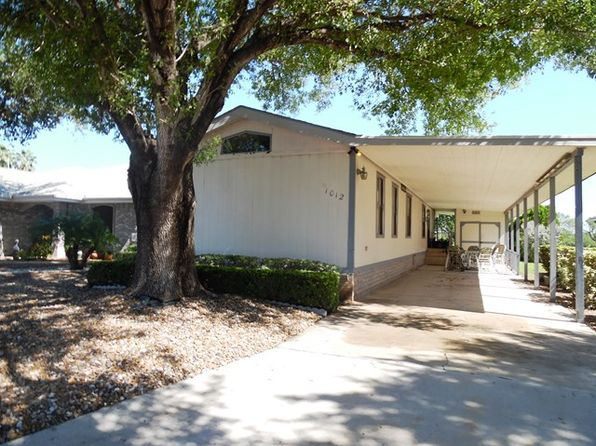 2 bed 2 bath Mobile / Manufactured at 1012 Lake View Dr Mission, TX, 78572 is for sale at 65k - 1 of 10