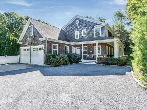 4 bed 4 bath Single Family at 16 E Gate Rd Wainscott, NY, 11975 is for sale at 1.95m - 1 of 24
