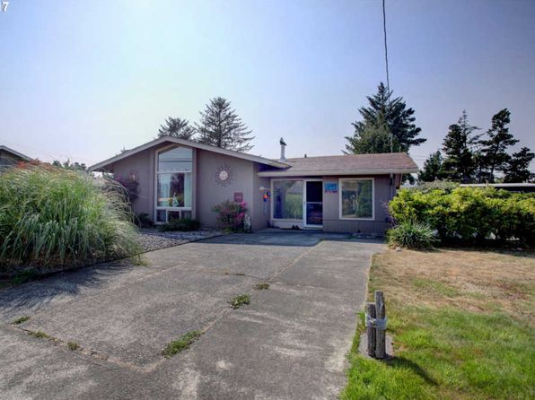 2 bed 2 bath Single Family at 1607 California Ave SW Long Beach, WA, 98631 is for sale at 275k - 1 of 22
