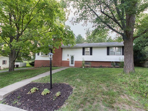 4 bed 3 bath Single Family at 7035 N Willow Wood Dr Peoria, IL, 61614 is for sale at 135k - 1 of 2