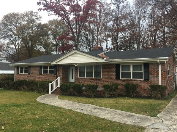 3 bed 2 bath Single Family at 9 Merrywood Dr Taylors, SC, 29687 is for sale at 165k - 1 of 25