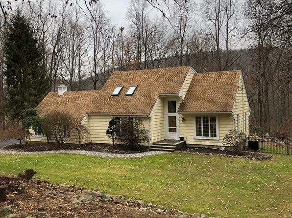 4 bed 3 bath Single Family at 31 Bountiful Dr Hackettstown, NJ, 07840 is for sale at 443k - 1 of 29