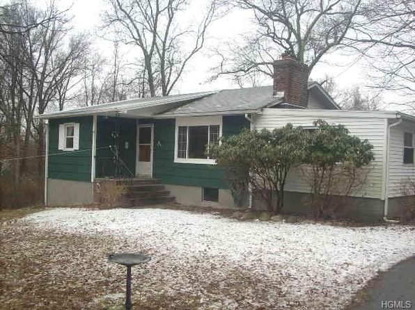 2 bed 1 bath Single Family at 21 Brook Edge Ln Wallkill, NY, 12589 is for sale at 165k - 1 of 19