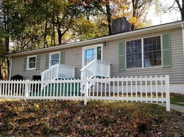 2 bed 1 bath Single Family at 349 E Shore Trl Sparta, NJ, 07871 is for sale at 230k - 1 of 25