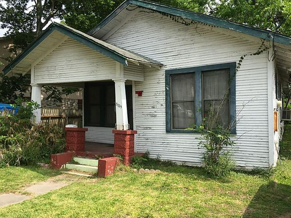 2 bed 1 bath Single Family at 3029 Dennis St Houston, TX, 77004 is for sale at 76k - 1 of 6