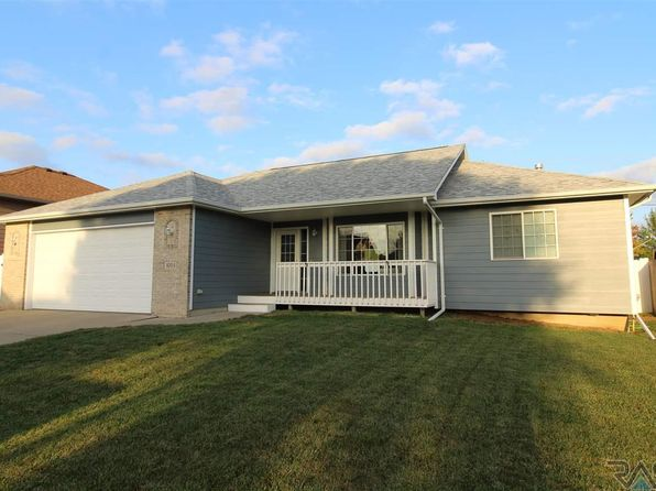 4 bed 3 bath Single Family at 4004 S Tuscany Ct Sioux Falls, SD, 57103 is for sale at 258k - 1 of 26