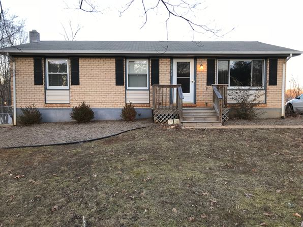 3 bed 1 bath Single Family at 2143 McGhee St Bedford, VA, 24523 is for sale at 125k - 1 of 42