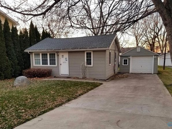 2 bed 1 bath Single Family at 1072 NW CATAWBA PORT CLINTON, OH, 43452 is for sale at 126k - 1 of 11