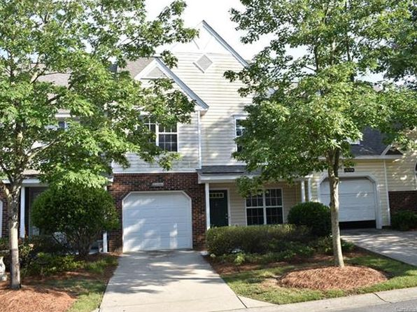 2 bed 2.5 bath Townhouse at 10710 Sleigh Bell Ln Charlotte, NC, 28216 is for sale at 150k - 1 of 24