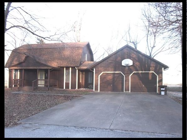 3 bed 2 bath Single Family at 603 Dickerson St Shelbina, MO, 63468 is for sale at 63k - 1 of 40