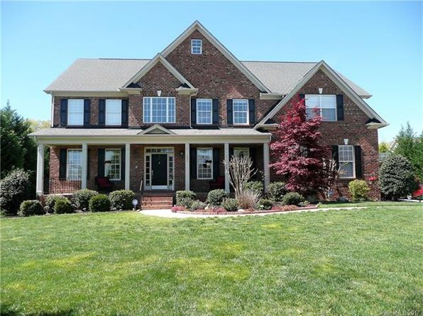 5 bed 4 bath Single Family at 127 MEADOW RUN LN MOORESVILLE, NC, 28117 is for sale at 486k - 1 of 23